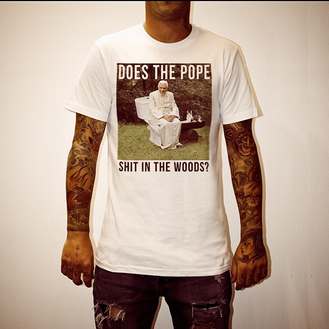 POPE SHIT IN THE WOODS WHITE TEE