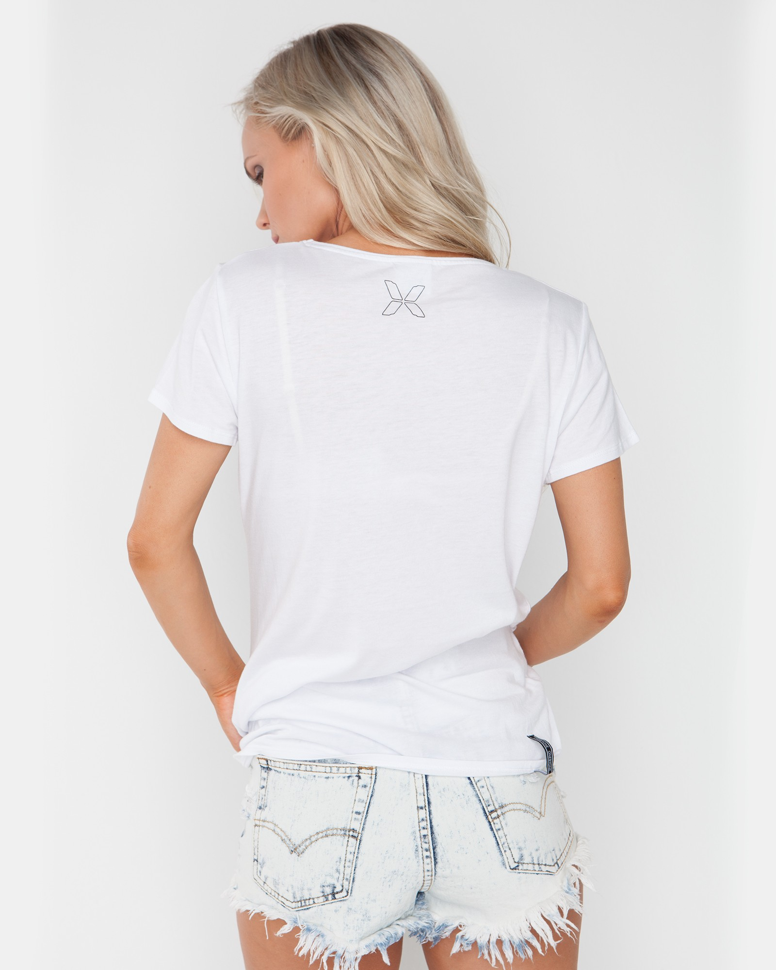 FEATHER GIRL WHITE TEE