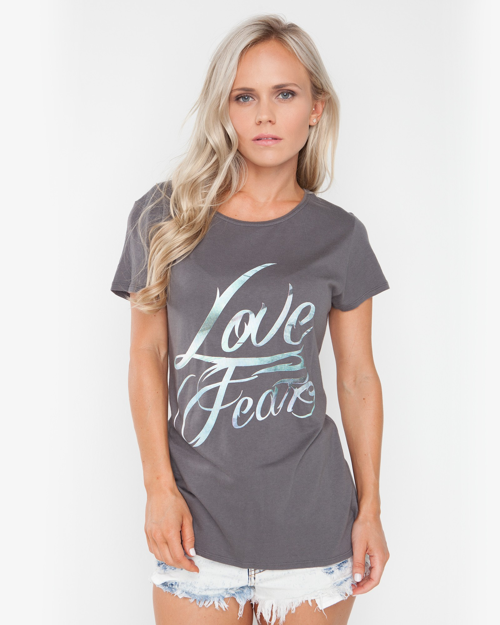 LOVE ME FEAR DARK GREY TEE