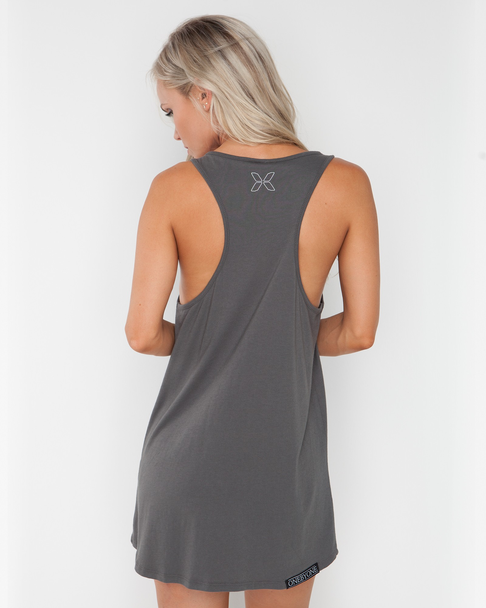 DREAMING EMOTION DARK GREY SINGLET