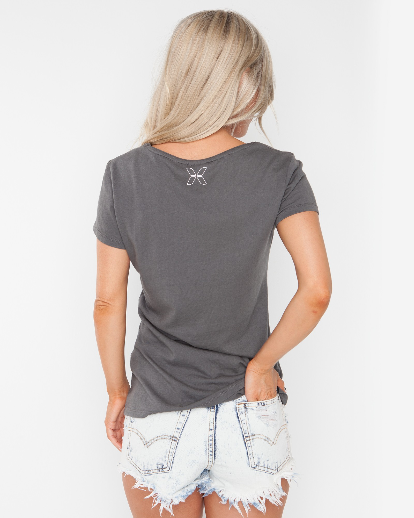 NO SURRENDER DARK GREY TEE