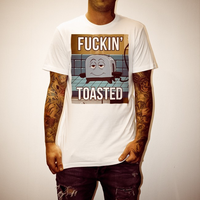 TOASTED WHITE TEE