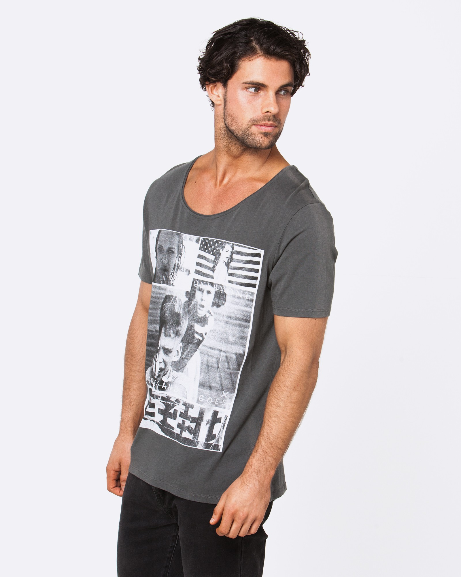 COMES AND GOES GREY TEE