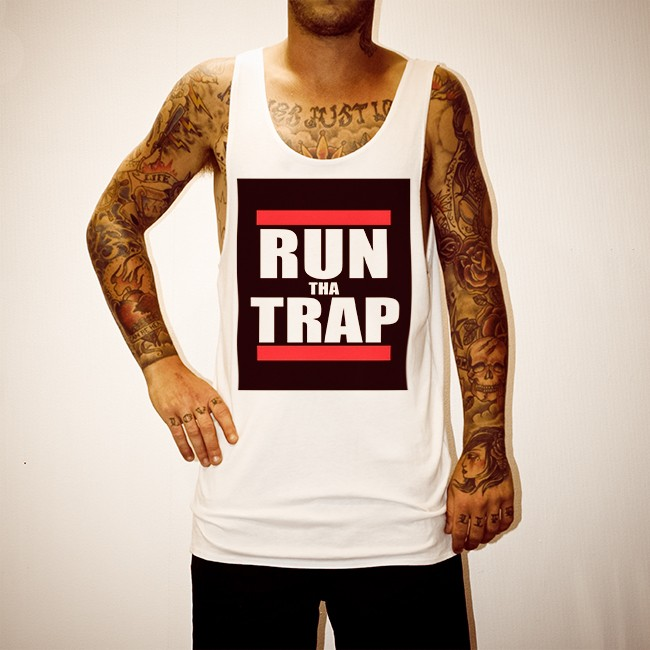 RUN THA TRAP WHITE SINGLET