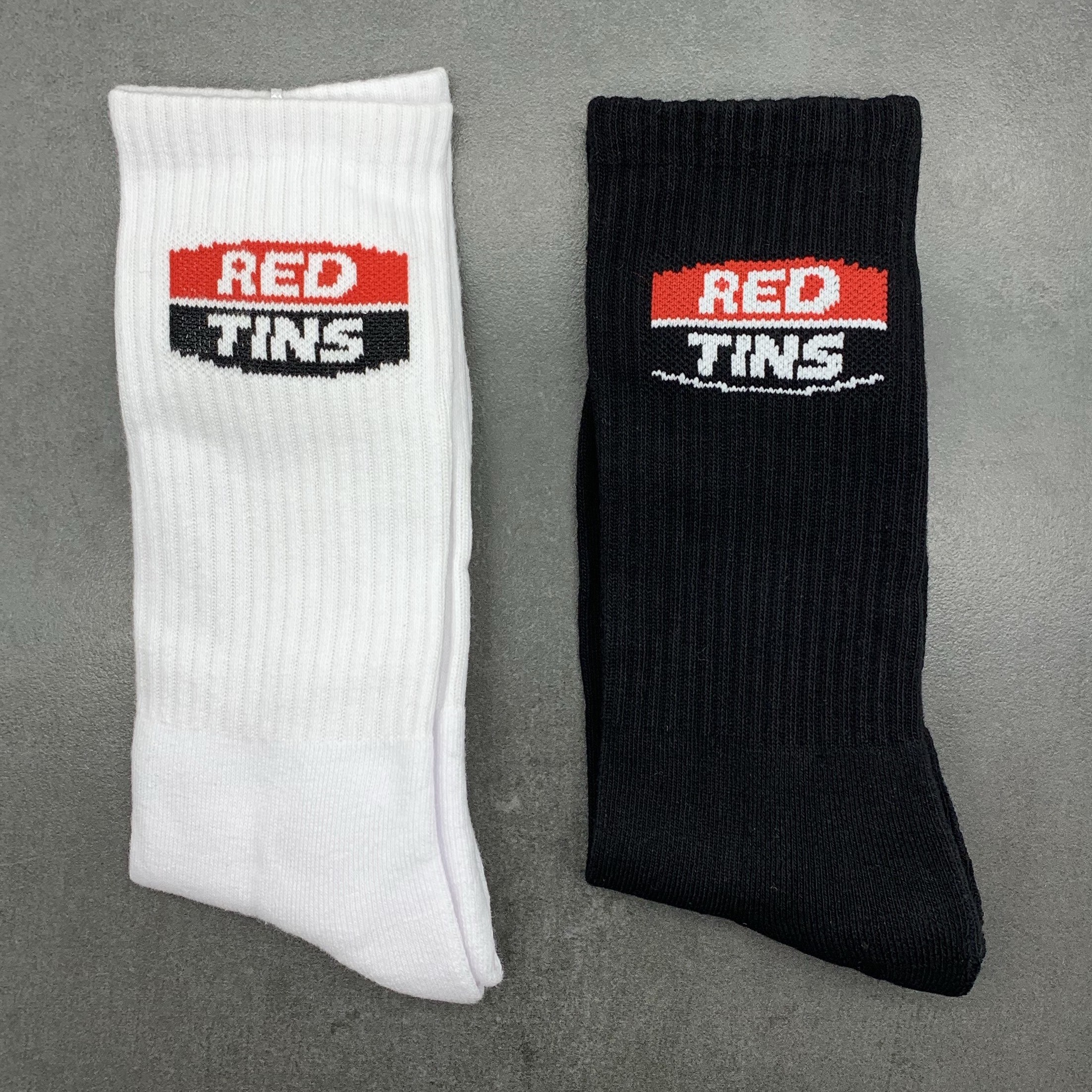 2 PACK OF RED TINS SOCKS