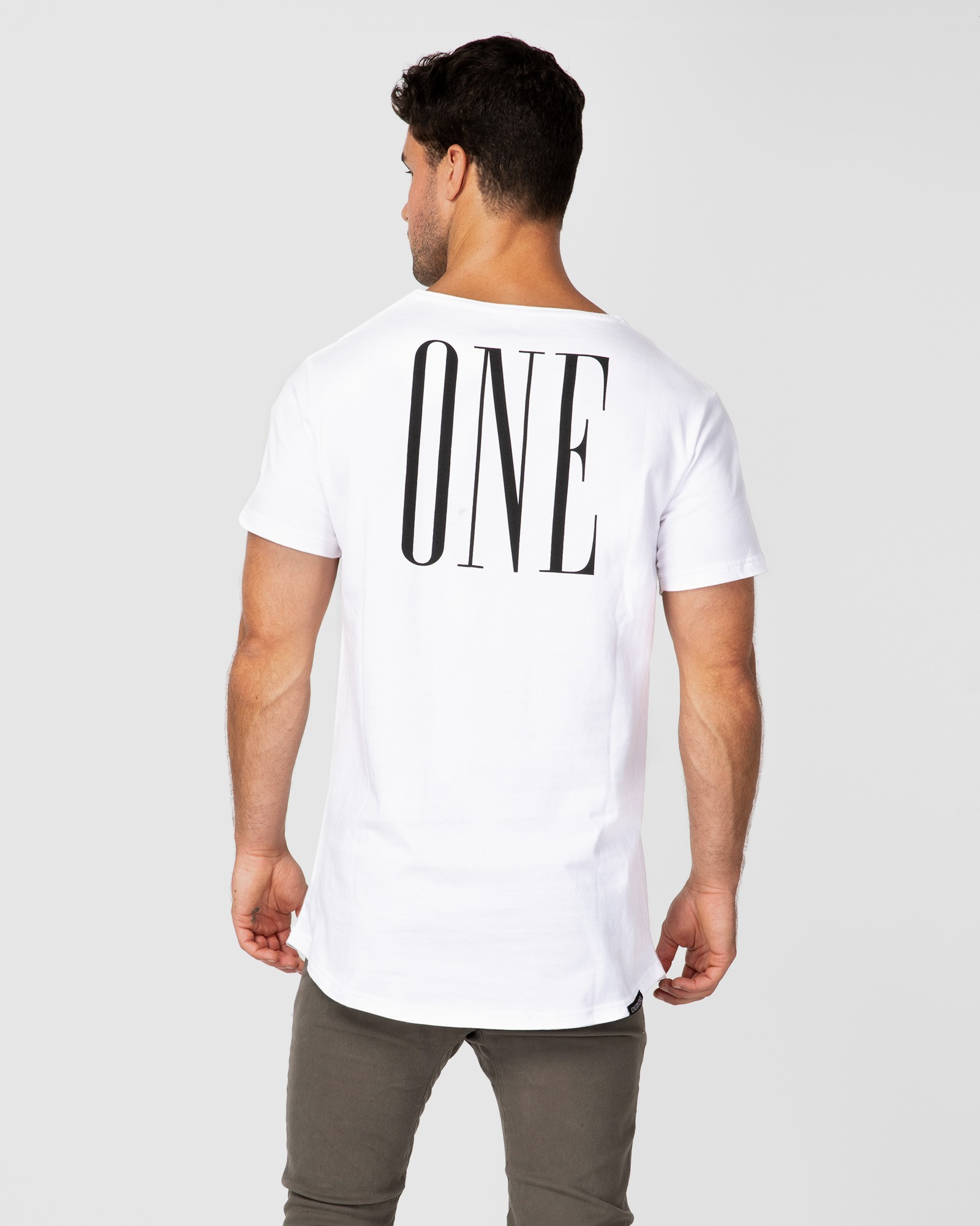 ONE WHITE TEE