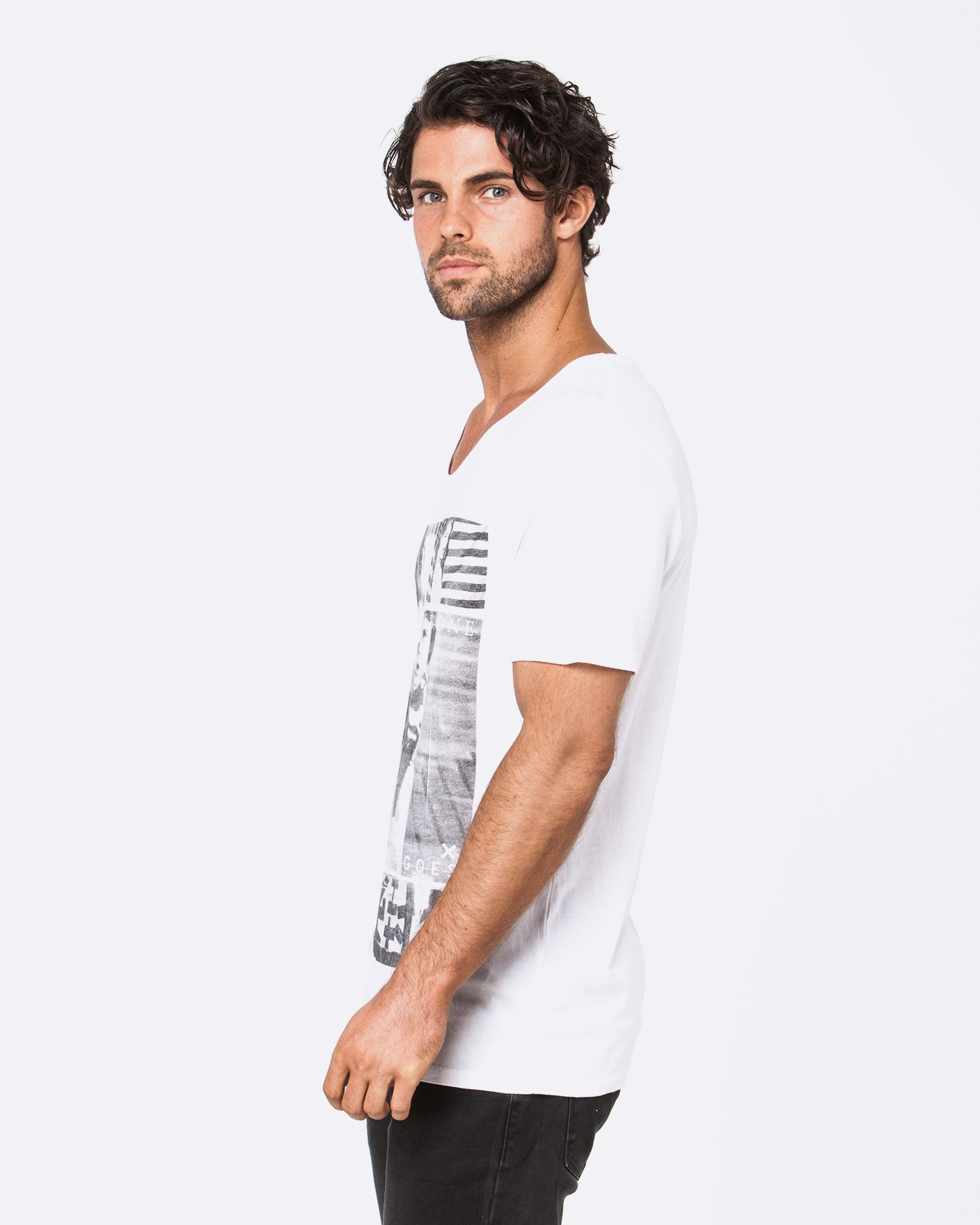COMES AND GOES WHITE TEE